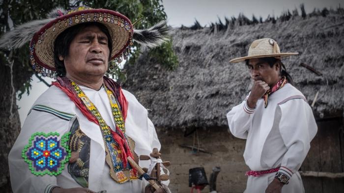 HuicholesFilm KATIRA y ENRIQUE